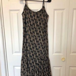 Dresses & Skirts - Skinny strap maxi dress